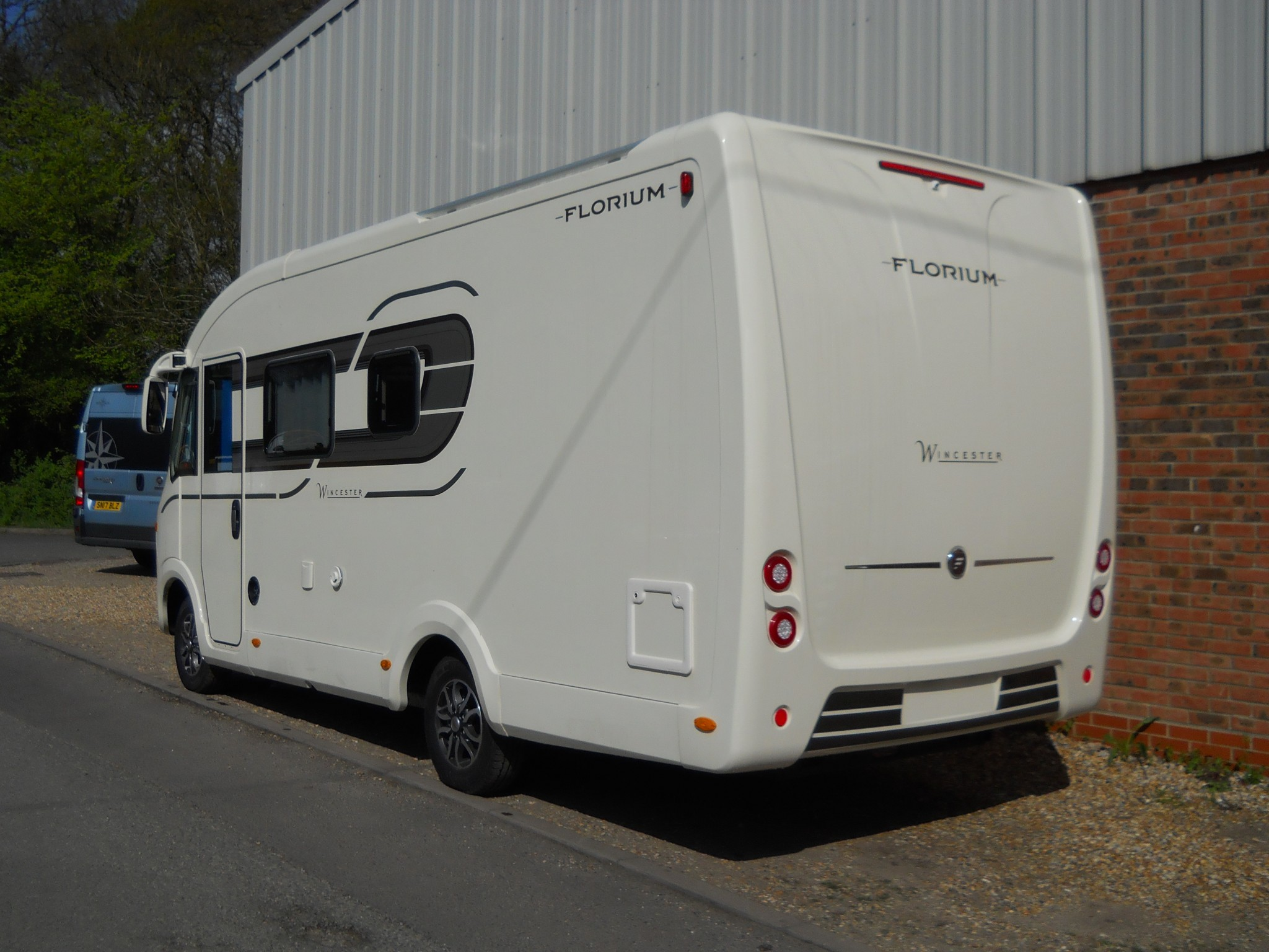 Nearly New 2018 Fleurette Florium Wincester 65 LMC 6 5m by Rapido